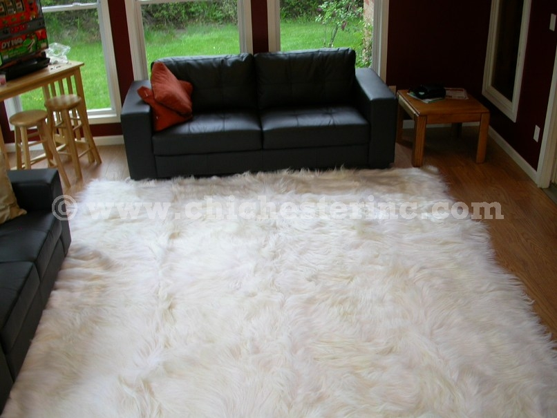 Kidia Rugs Or White Goatskin Goat